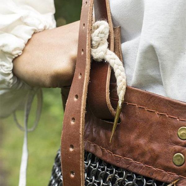 Epic Armoury jupe cotte de mailles avec des ceintures