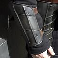 Epic Armoury Onderarmbeschermers Drake, gepatineerd