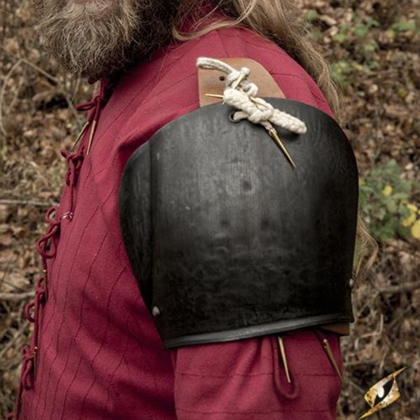 Epic Armoury Pauldrons Churburg, patinerad