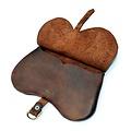 Duża torebka nerkowa (1400-1500)