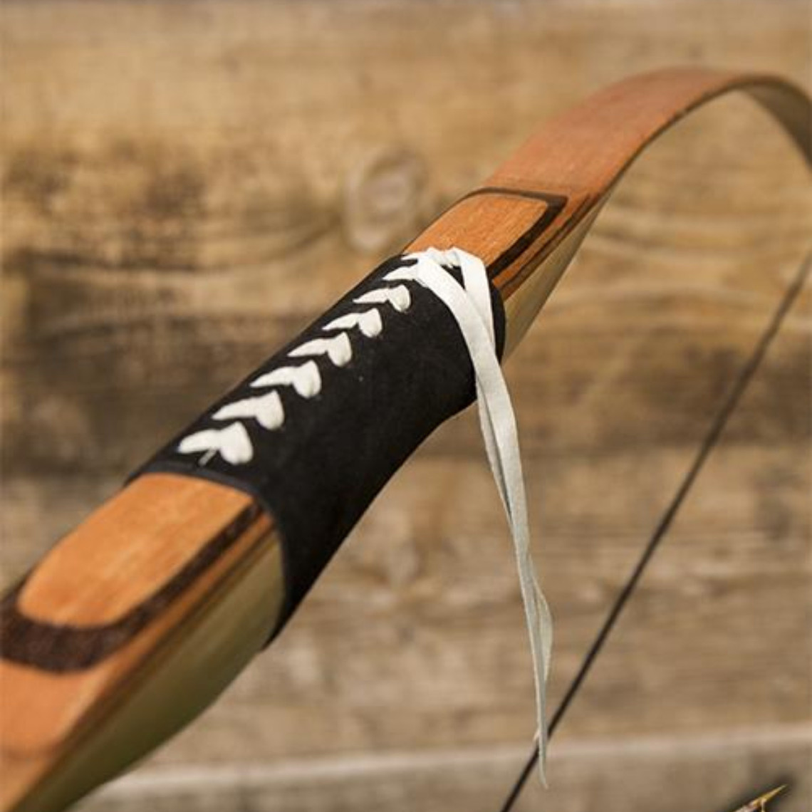 Epic Armoury Longbow, licht hout
