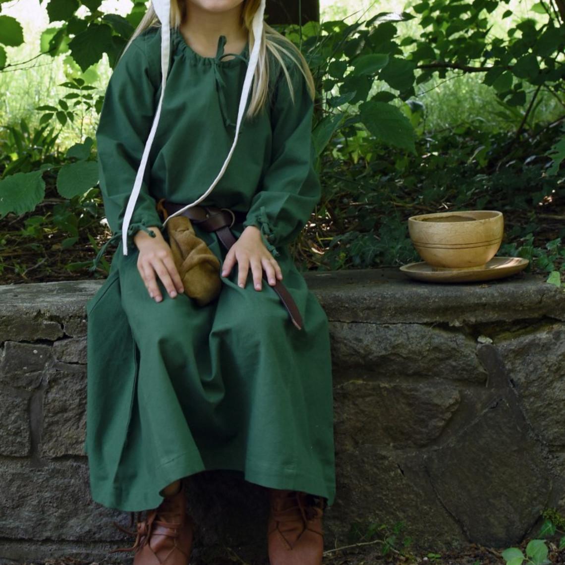 Los niños se visten Matilde, verde