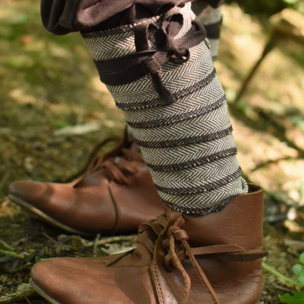 Leg wrappings for kids, brown