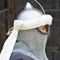 Epic Armoury turbante persa, de color blanquecino