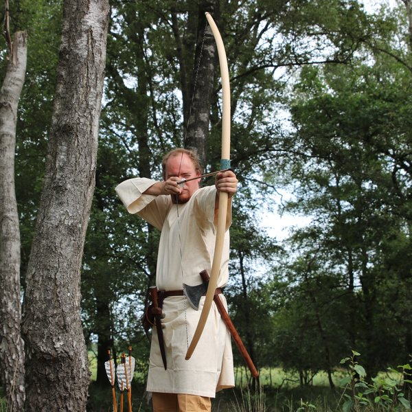 "Marksman bow re-enactment / LARP, 70"" (178 cm) light brown, 25 lbs"