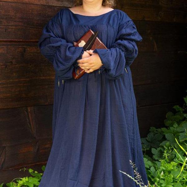 Epic Armoury Renaissance dress Lucretia, blue