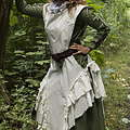 Epic Armoury Dress Raven, weiß