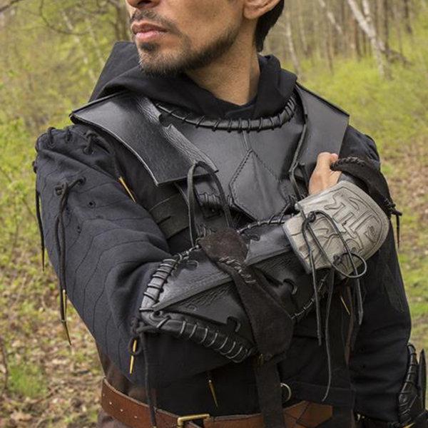 Epic Armoury Dark Elf bracer, right arm