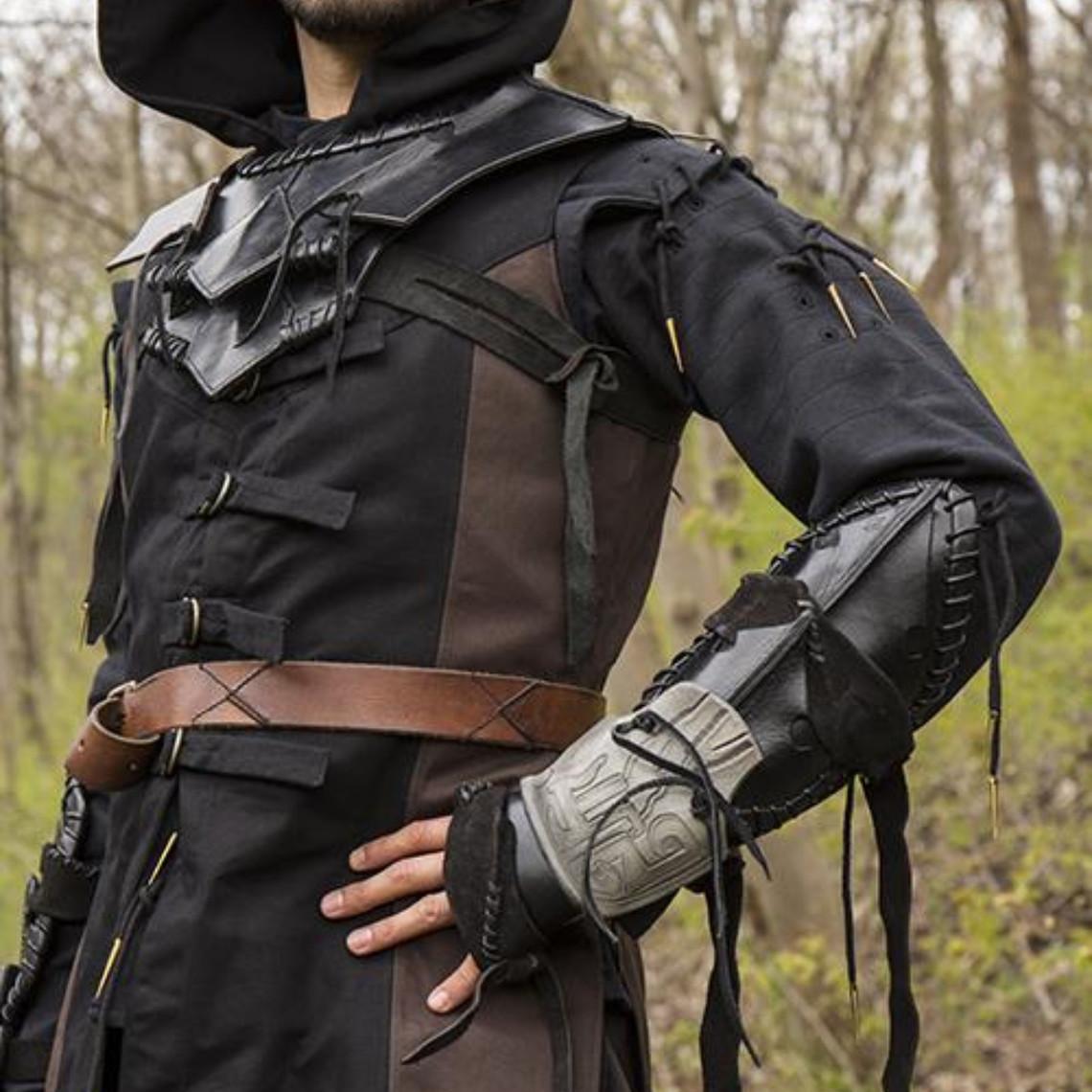 Epic Armoury Mørk Elf Bracer, venstre arm