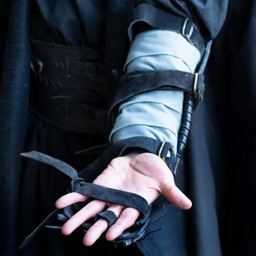 Brazales garra, el brazo izquierdo