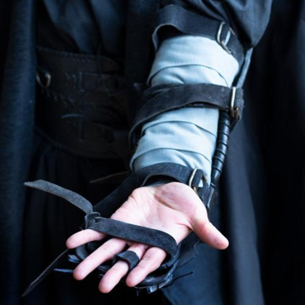 Epic Armoury Bracer Pazur, prawa ręka