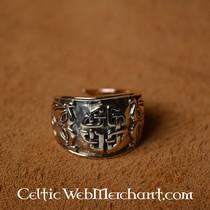 Celtic knot ring, large
