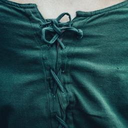 Medeltida klänning Emma, olivgrön