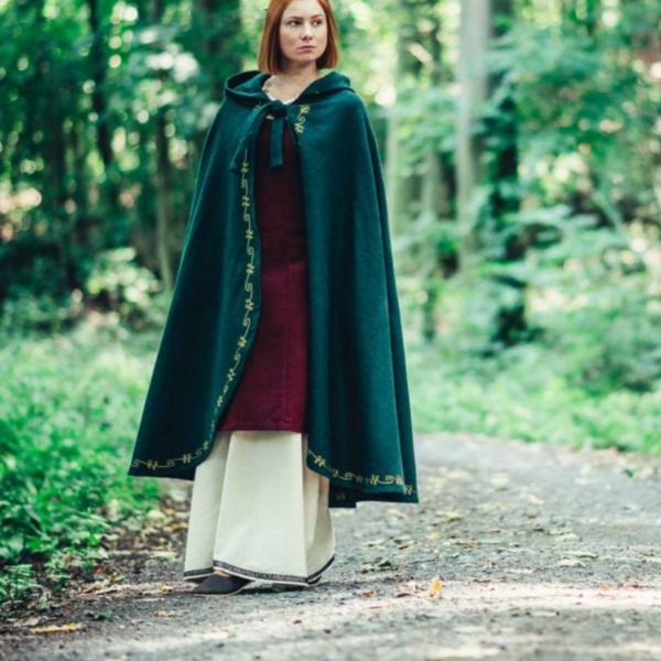 Leonardo Carbone Wool cloak Ceridwen, green