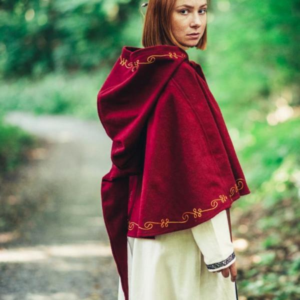 Wool chaperon Runa, red