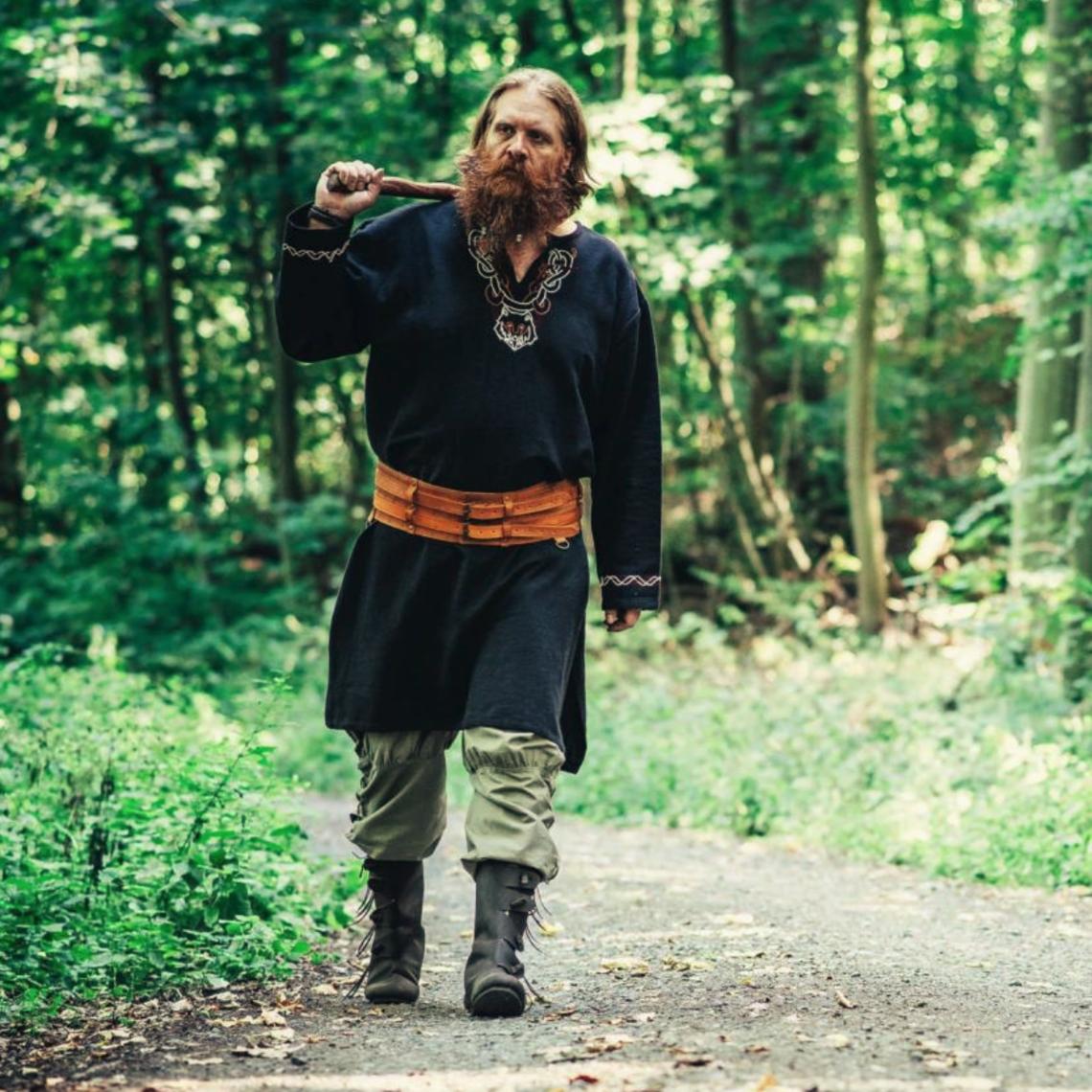 Leonardo Carbone Túnica vikinga lobo Fenrir, negro