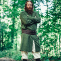 Leonardo Carbone Túnica larga vikinga Hvitserk, verde
