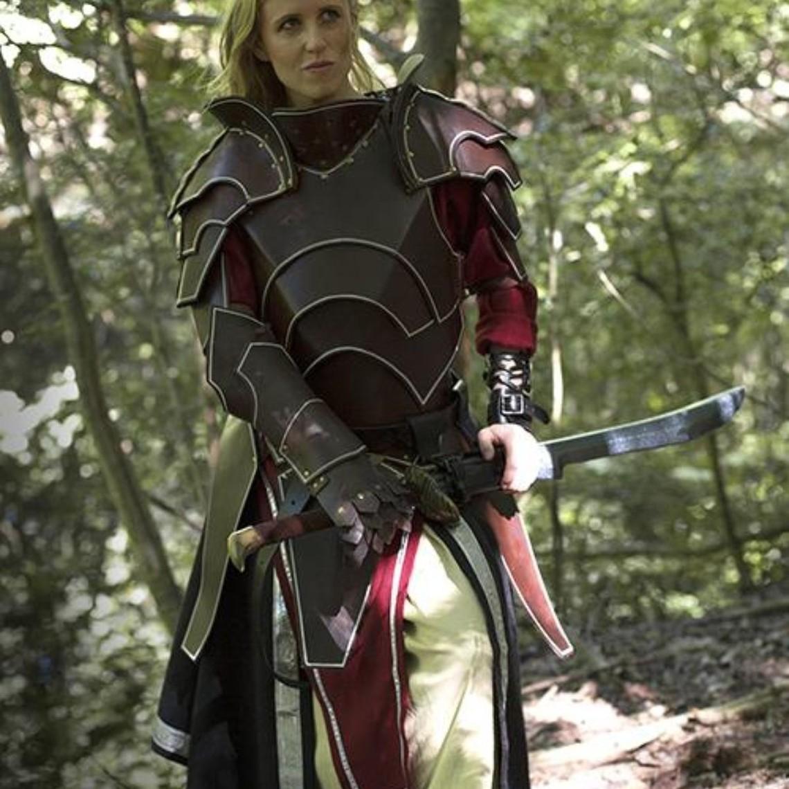 Epic Armoury Dark Elf complete leren pantserset