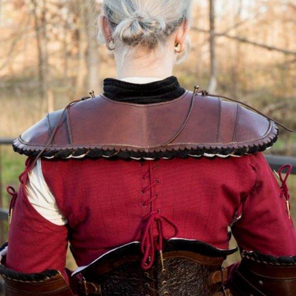 Epic Armoury Noble läder gorget, svart