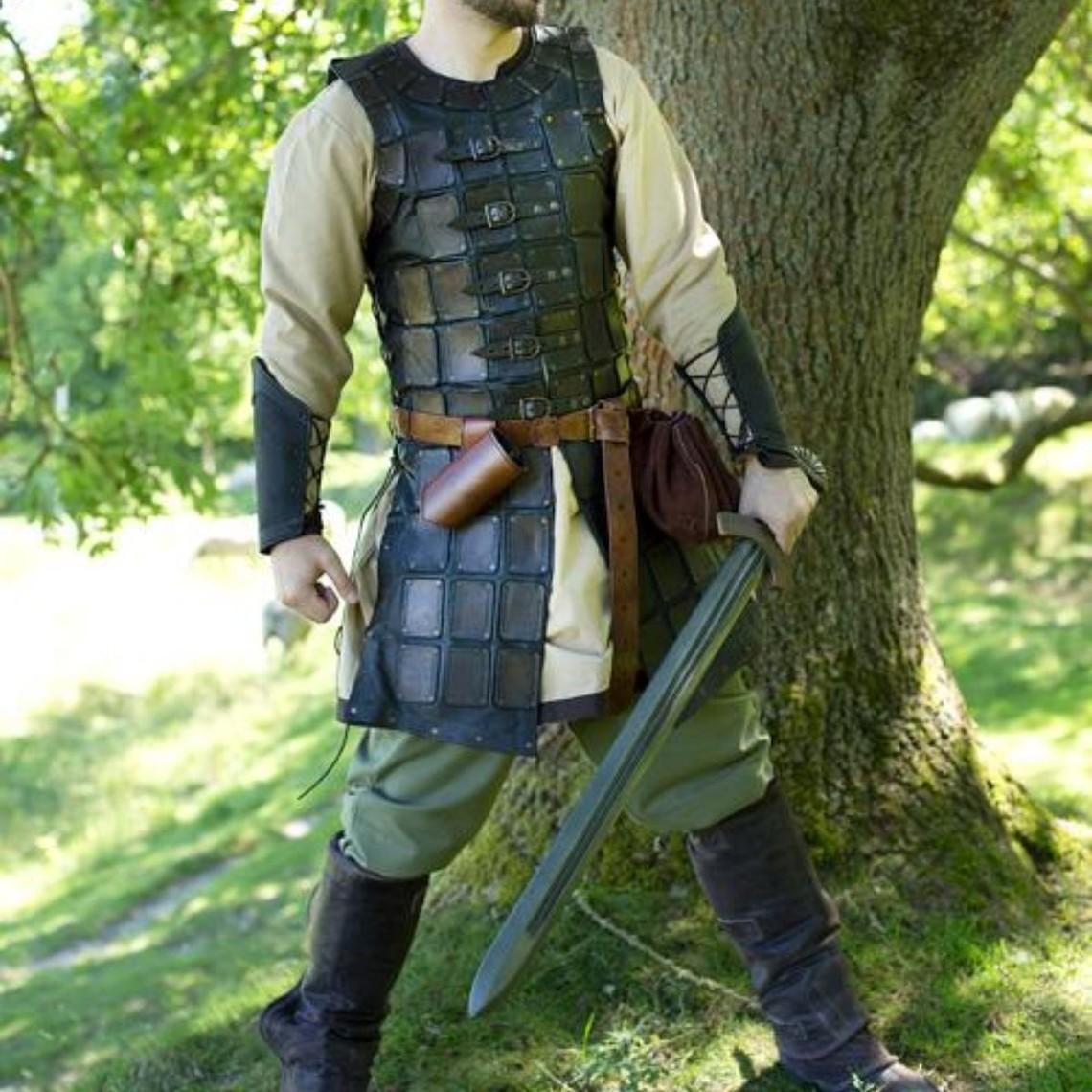 Epic Armoury Leren brigandine lang, zwart