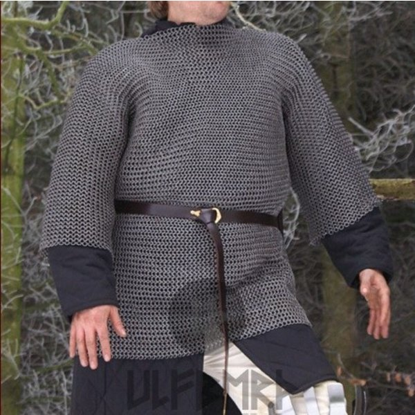 Ulfberth Hauberk with mid-length sleeves, round rings - round rivets, 8 mm