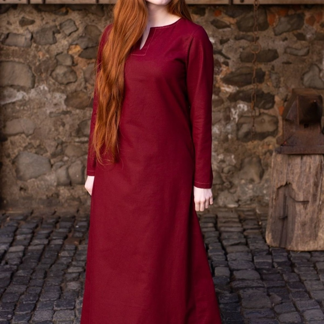 Burgschneider Dress Feme, Burgunder