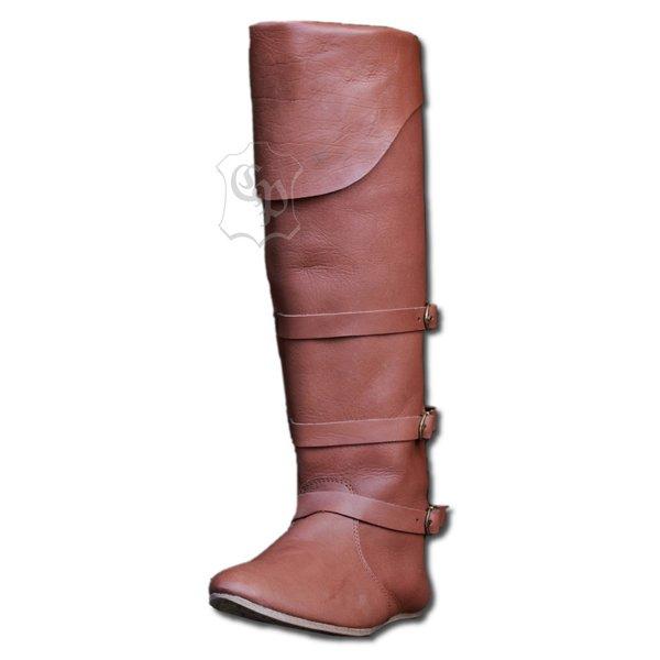Senmiddelalderlige støvler med remme