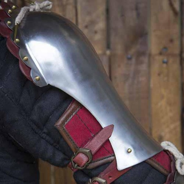 Epic Armoury Scalloped pauldrons, red