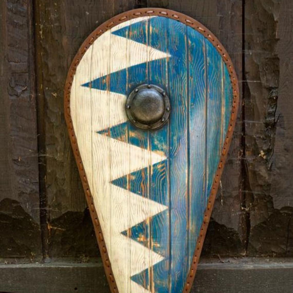 Epic Armoury LARP Norman shield blue-white