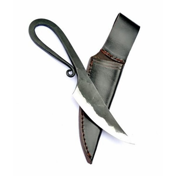Germanic nóż