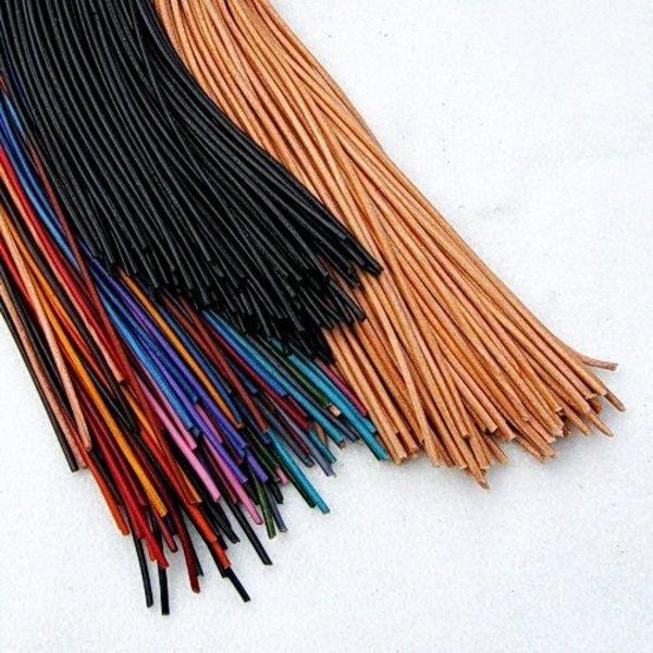 100 meter läder spets 1 mm, naturlig