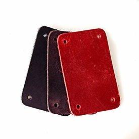 50x Nubukleder rechteckiges Stück für Schuppenpanzer, rot