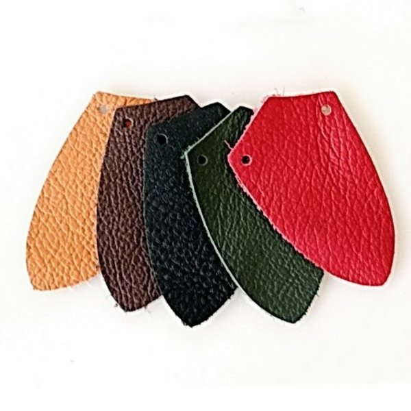 50x nappa leather shield-shaped piece for scale armour, green