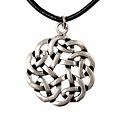 Amulet runda Celtic knut, försilvrade