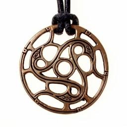 Trisquelion amulet Vendel styl, brąz