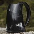 Epic Armoury taza del cuerno con el oído 0,5L, oscuro