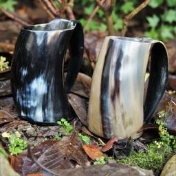 Horn cup with ear 0,5L, dark