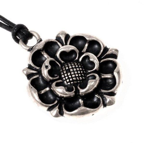 Tudor Rose amulett, försilvrade