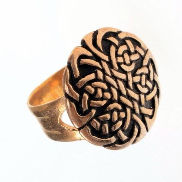Celtic ring med knude motiv, forsølvet bronze