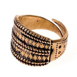 9 y 10 del siglo Vikingo anillo de Gotland, bronce