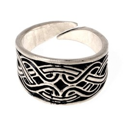 anillo Magyar con motivo de nudo, plateado