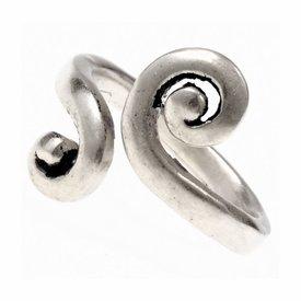 anillo celta con motivo espiral estilizado, plateado