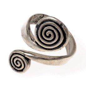 Celtic ring med spiraler, forsølvede