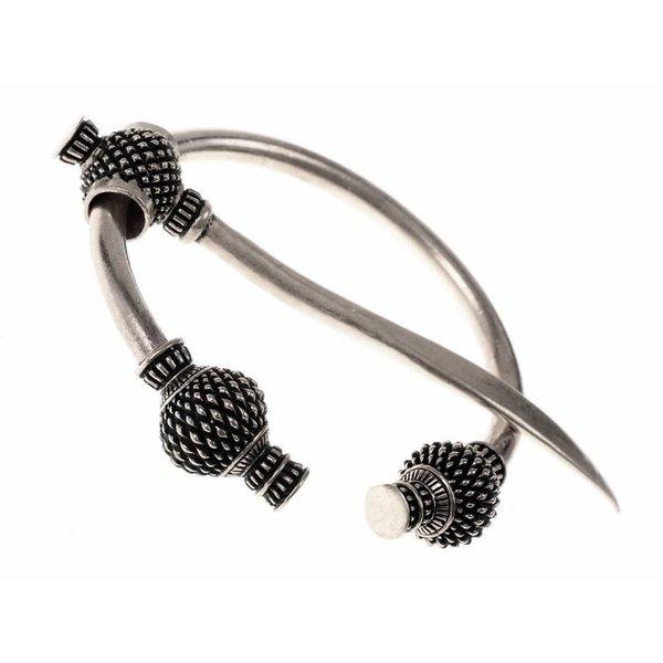 Viking thistle fibula small, silvered