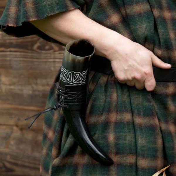 Epic Armoury Leder Trinkhornhalter Edda, schwarz