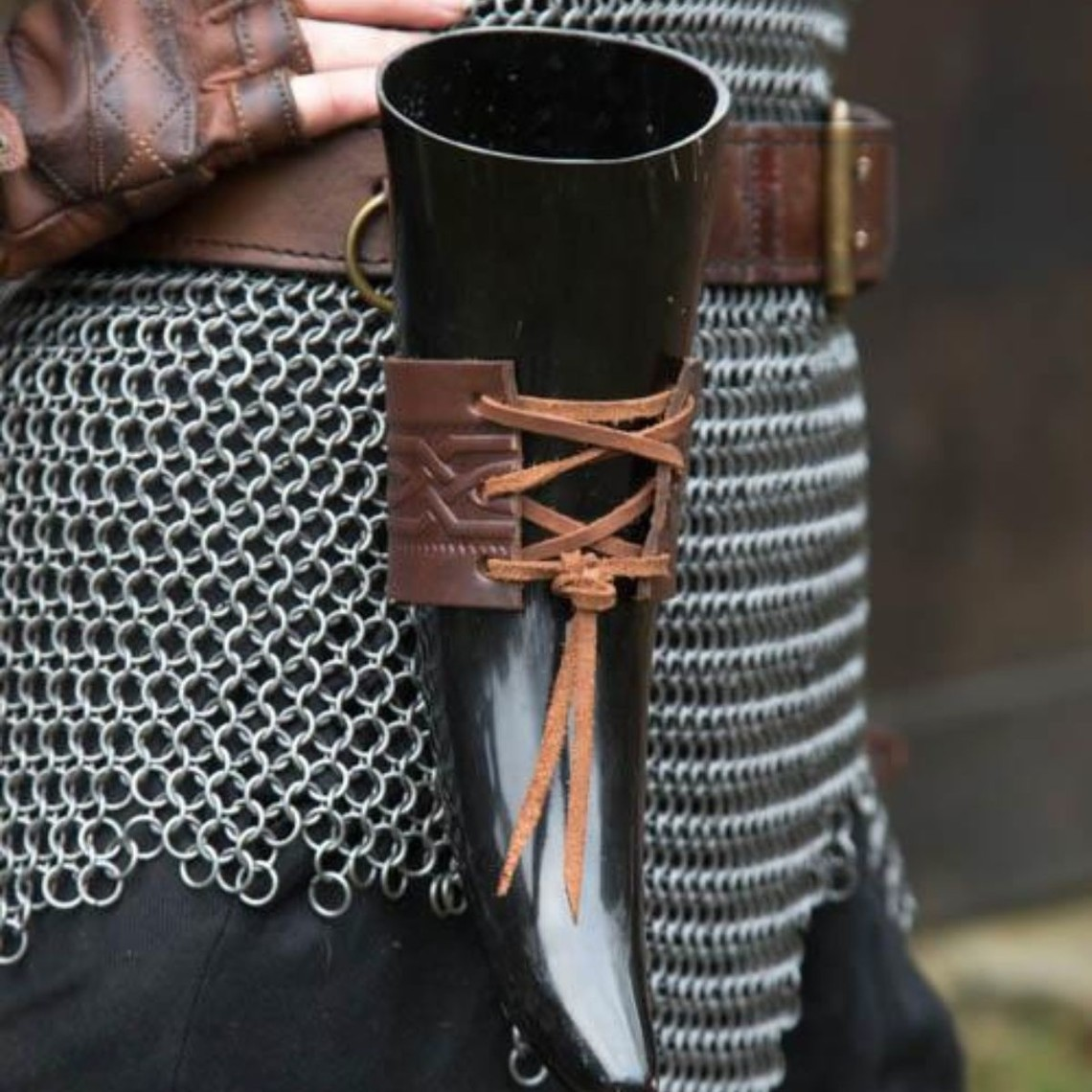 Epic Armoury Leren drinkhoornhouder Edda, bruin
