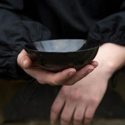 Horn bowl 16 cm, dark