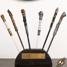 Epic Armoury Wooden stand for wands