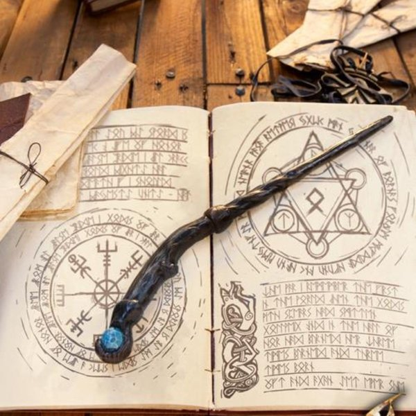 Epic Armoury Wand Druid, czarny