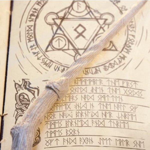 Epic Armoury Wand Druide, weiß